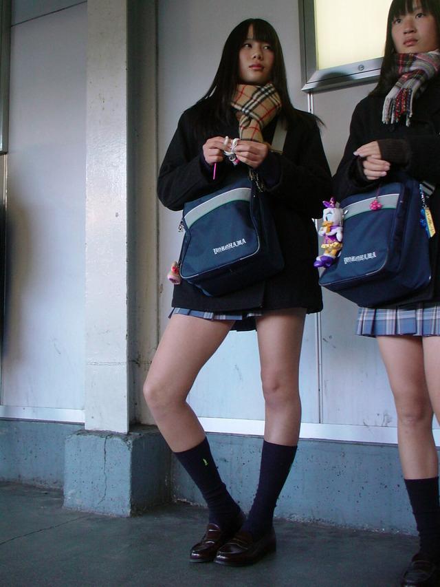 【画像】登下校中の女子高生画像