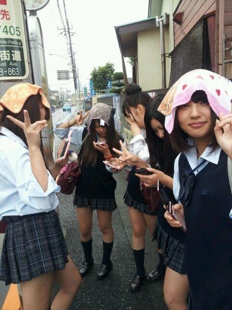 【画像】女子高生あつまれ~wwwww
