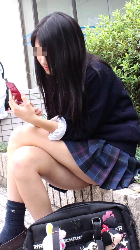 【画像】エッチな街撮り女子高生