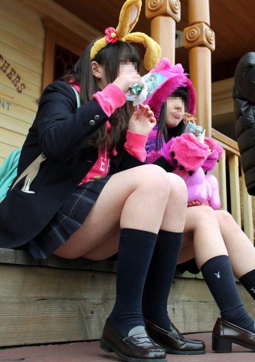 【画像】TDLでは女子高生もエンターテイメントの1つな画像