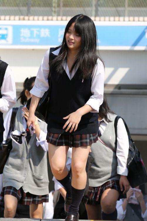 ミニスカ女子高生