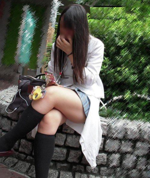 むっちりなふとももの女子高生を街撮り