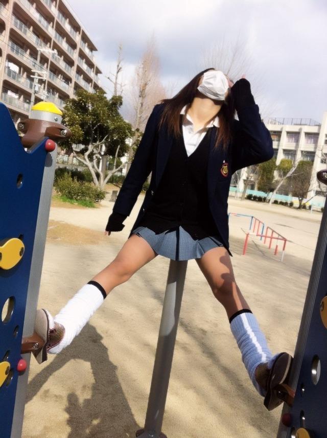 【画像】女子高生のルーズソックスの魅力について語ろうか