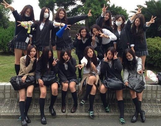 【画像】女子高生がいっぱいな集合写真