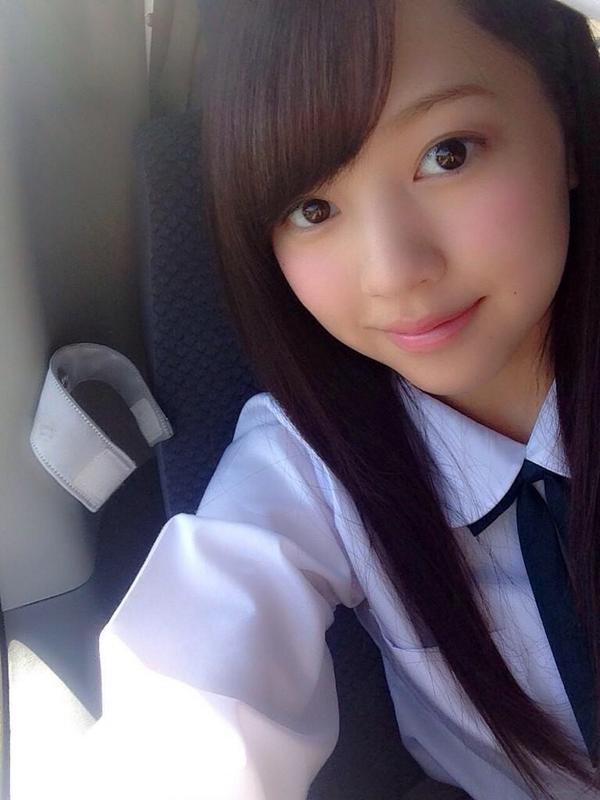 【画像】最高の角度で撮影された女子高生wwww
