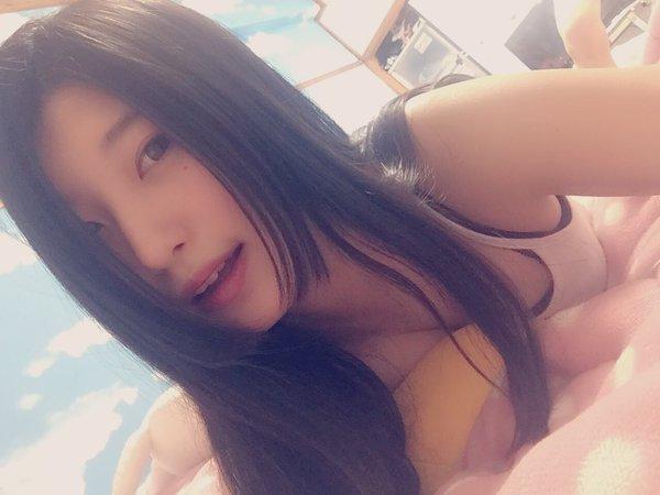 【画像】女子高生がSNSに自撮り画像ばんばんアップしてるぞwwww