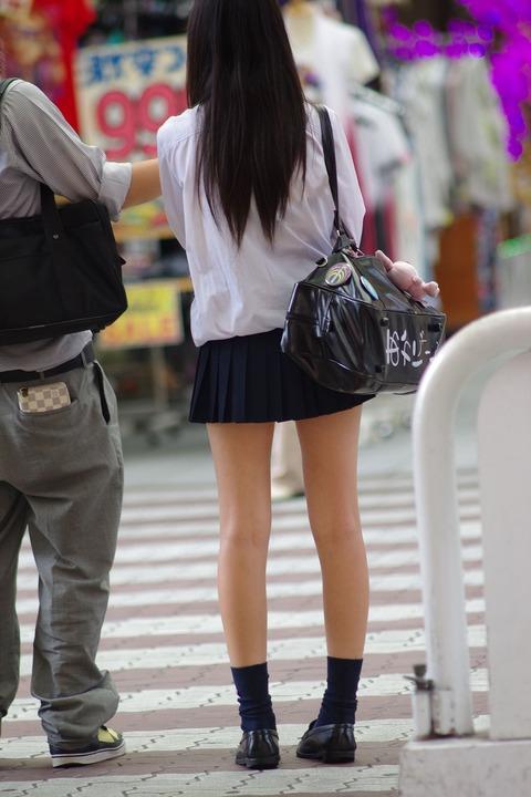【画像】職人芸!街撮り女子高生画像集