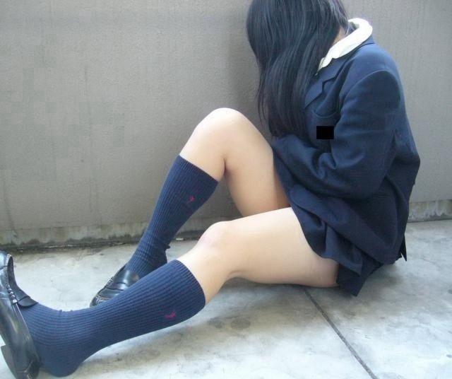 【画像】女子高生のふとももに飛びつきたいんだがwwww
