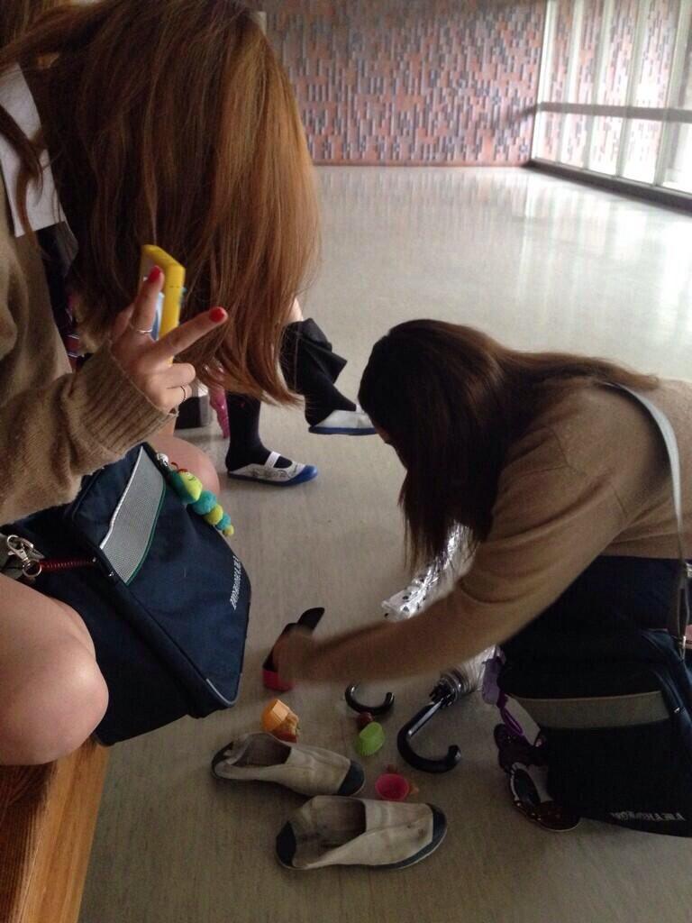 【画像】校内女子高生を見て高校時代を懐古しよう・・・