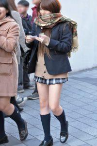 【画像】女子高生街撮り集