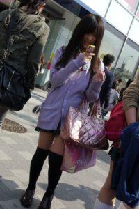【画像】職人さんによる女子高生街撮り写真