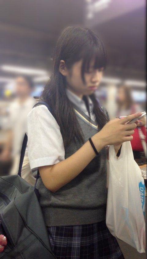【画像】女子高生の魅力について考察する画像www