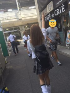 【画像】ムレムレに違いない女子高生のルーズが欲しい!