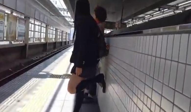 【動画】この可愛いJKちゃん達のパンツがみたい奴集合