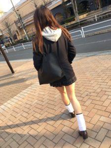 【画像】ルーズJKに踏み踏みして欲しいんだがwww