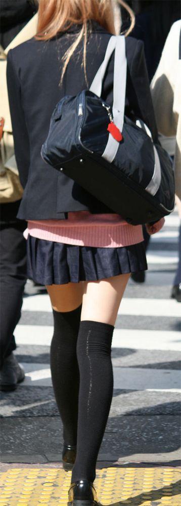 【画像】女子高生の制服メルカリで検索やつwww