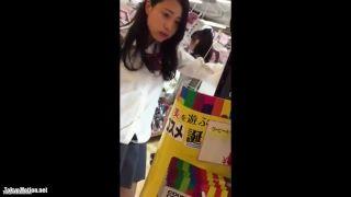 【動画】美人JKのオパンティが見てみたい!www