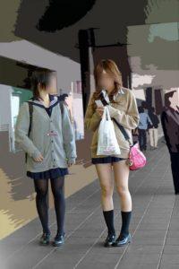 【画像】女子高生さんの街撮り集