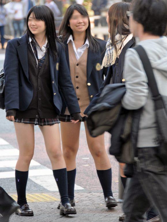 【画像】女子高生好きってむしろ正常だよな?www
