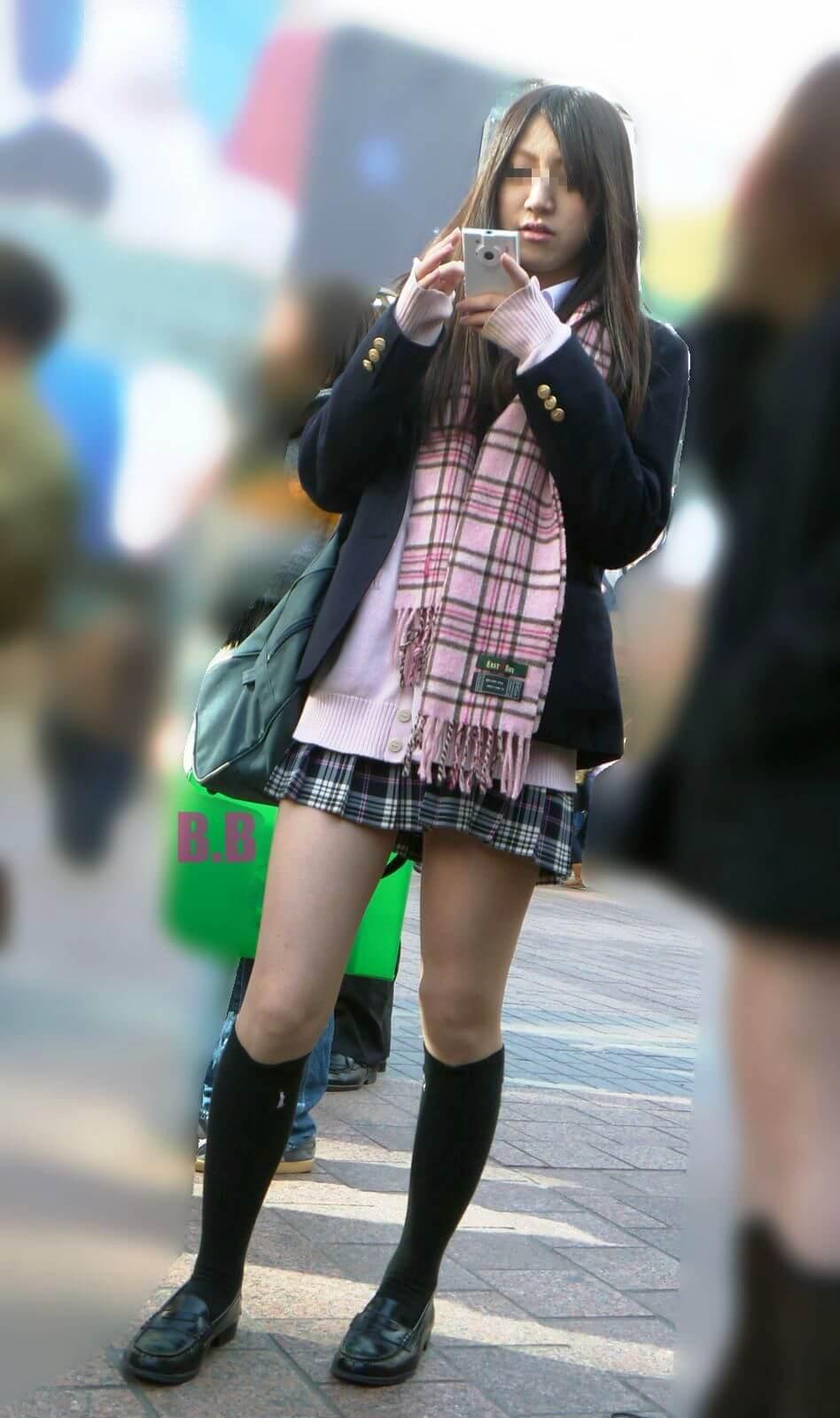 【画像】冬女子高生を見れば気合がわかる