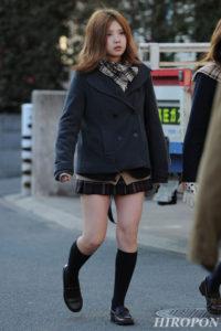 【画像】寒々しい女子高生待撮り集