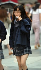 【画像】通学中のJKちゃん見っけ