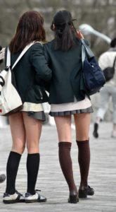 【画像】10代JKが好きなのか制服が好きなのかどっちなんだろう