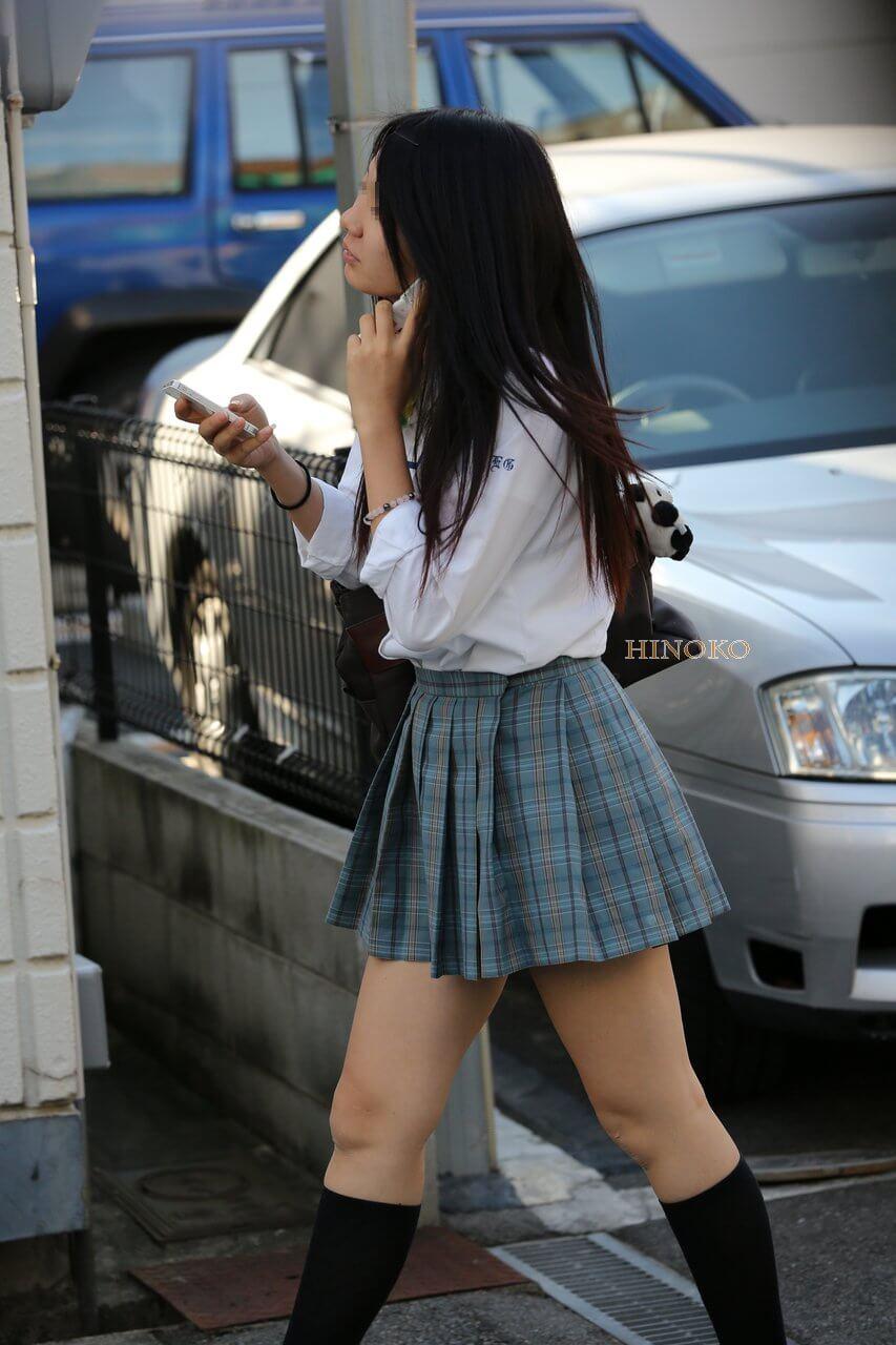 【画像】スケスケ女子高生にシコシコ止まらないんだが