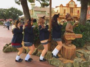 【画像】女子高生のTDL画像インスタで蔓延しているのです