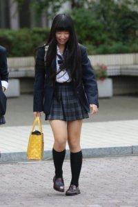 【画像】女子高生のスタンダードな待撮り写真