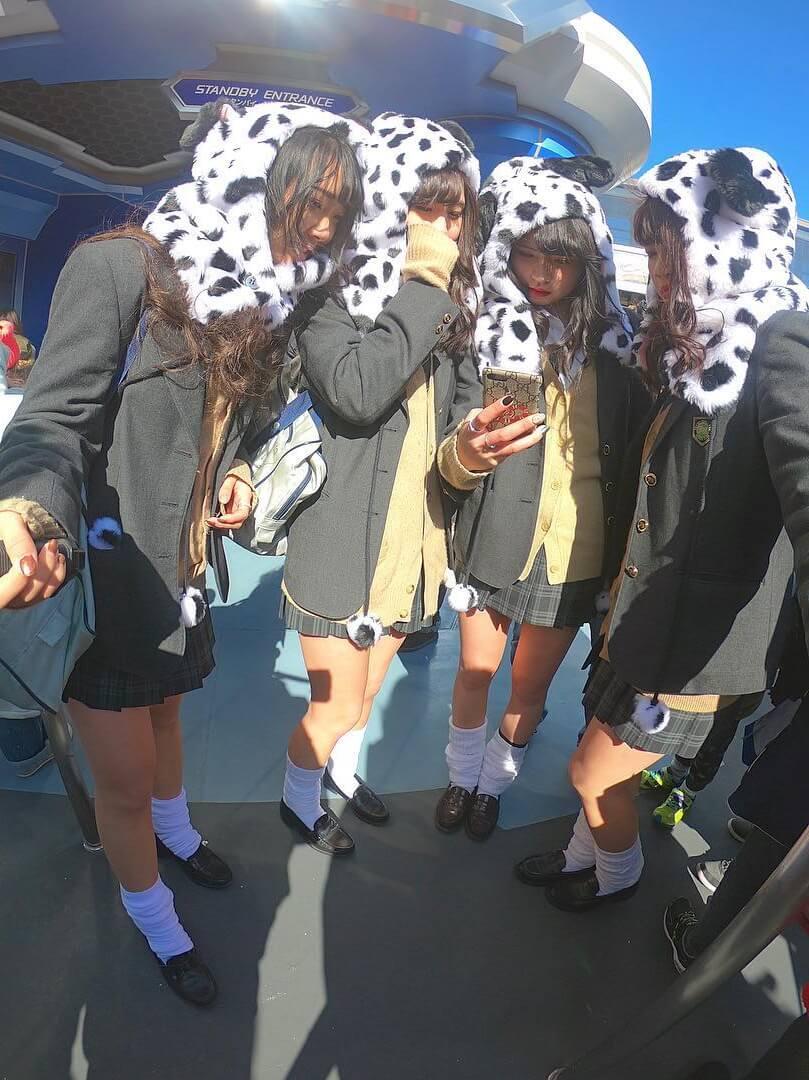 【画像】女子高生いっぱいたまらん集合写真