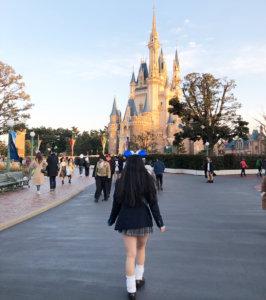 【画像】思わず後ろから襲いたくなる女子高生写真