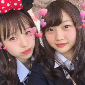 【画像】女子高生と目が合う自撮り集