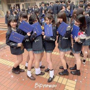 【画像】別格な新栄JK!このスカートがたまらんよな!