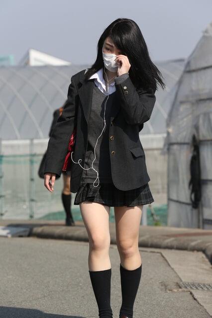 【画像】思わず写真を撮ってしまった通学女子高生