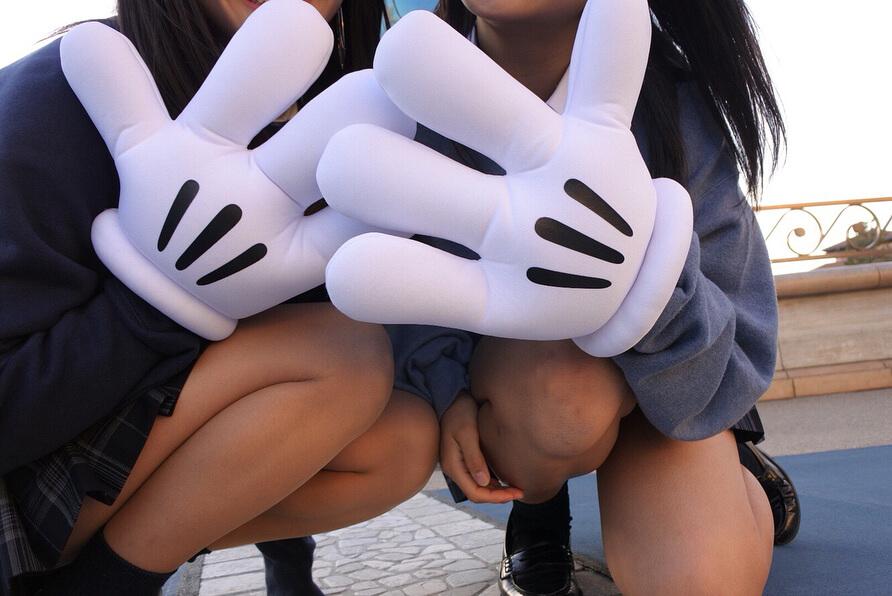 【画像】女子高生のキメ顔自撮り見ながらニッコリやつ