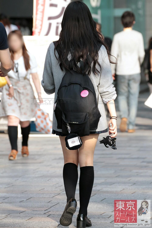 【画像】女子高生が妊娠適齢期と思わせられる待撮り写真