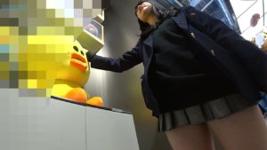 【画像】女子高生のドスケベなふとももにぶっかけたい