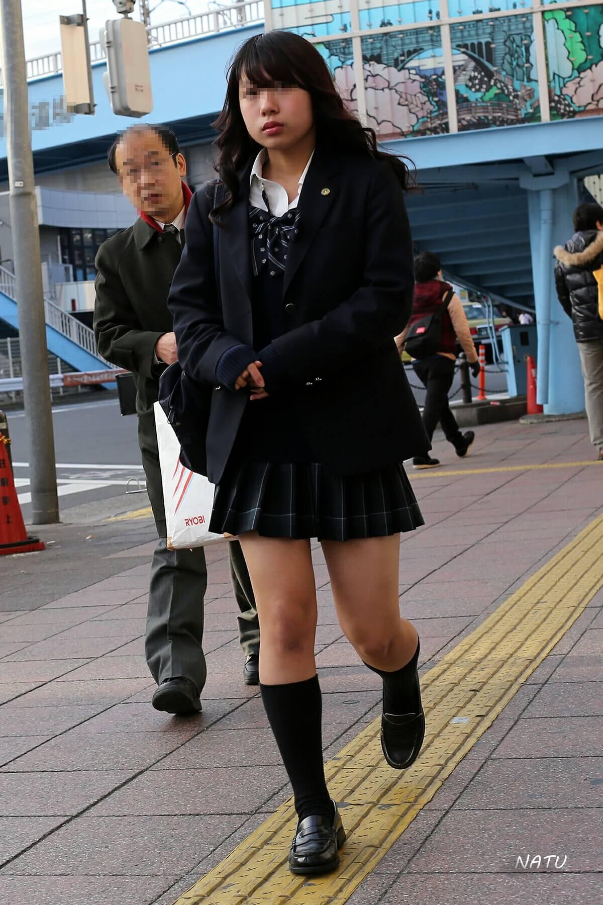 【画像】女子高生の待撮り写真2020春