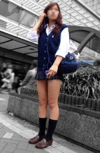 【画像】女子高生が待ち遠しい・・・待撮り写真をどうぞ