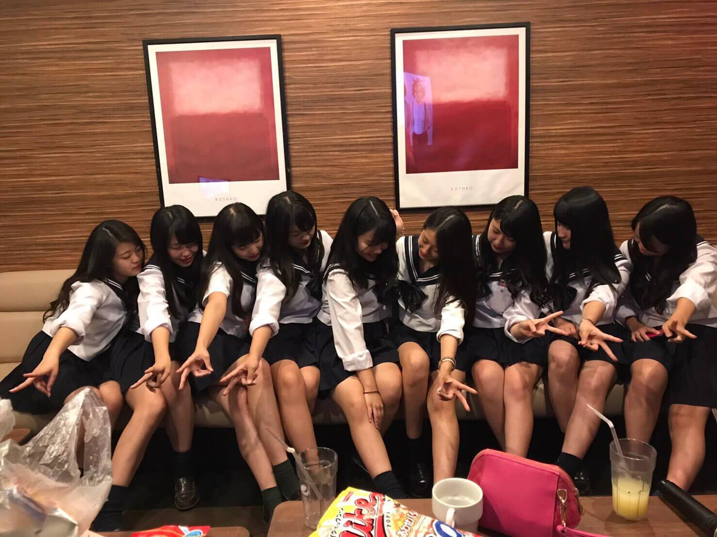 【画像】絶対良い匂いしかしない女子高生集合写真集