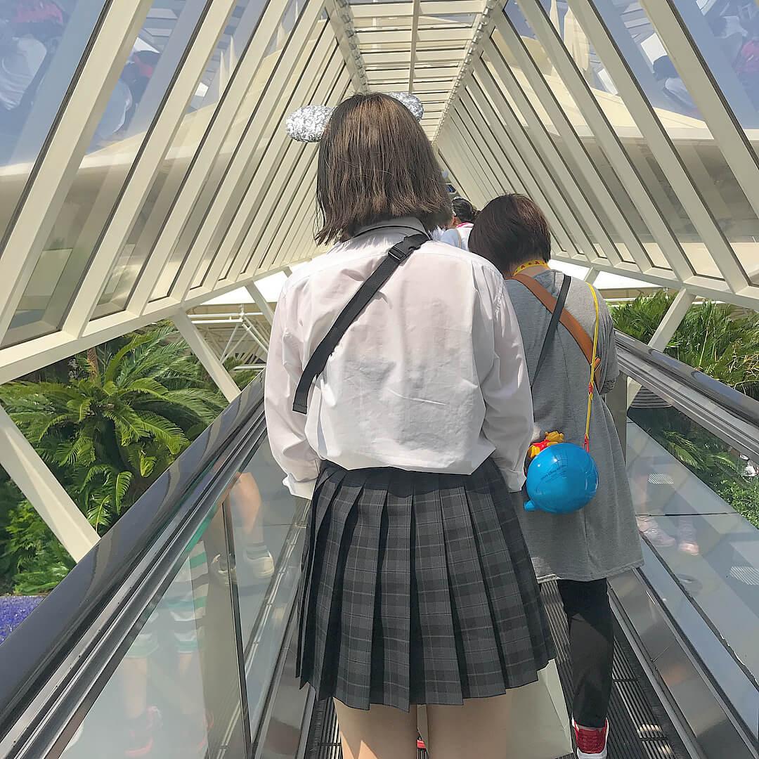 【画像】女子高生を後ろから襲いたくなる後ろ姿写真