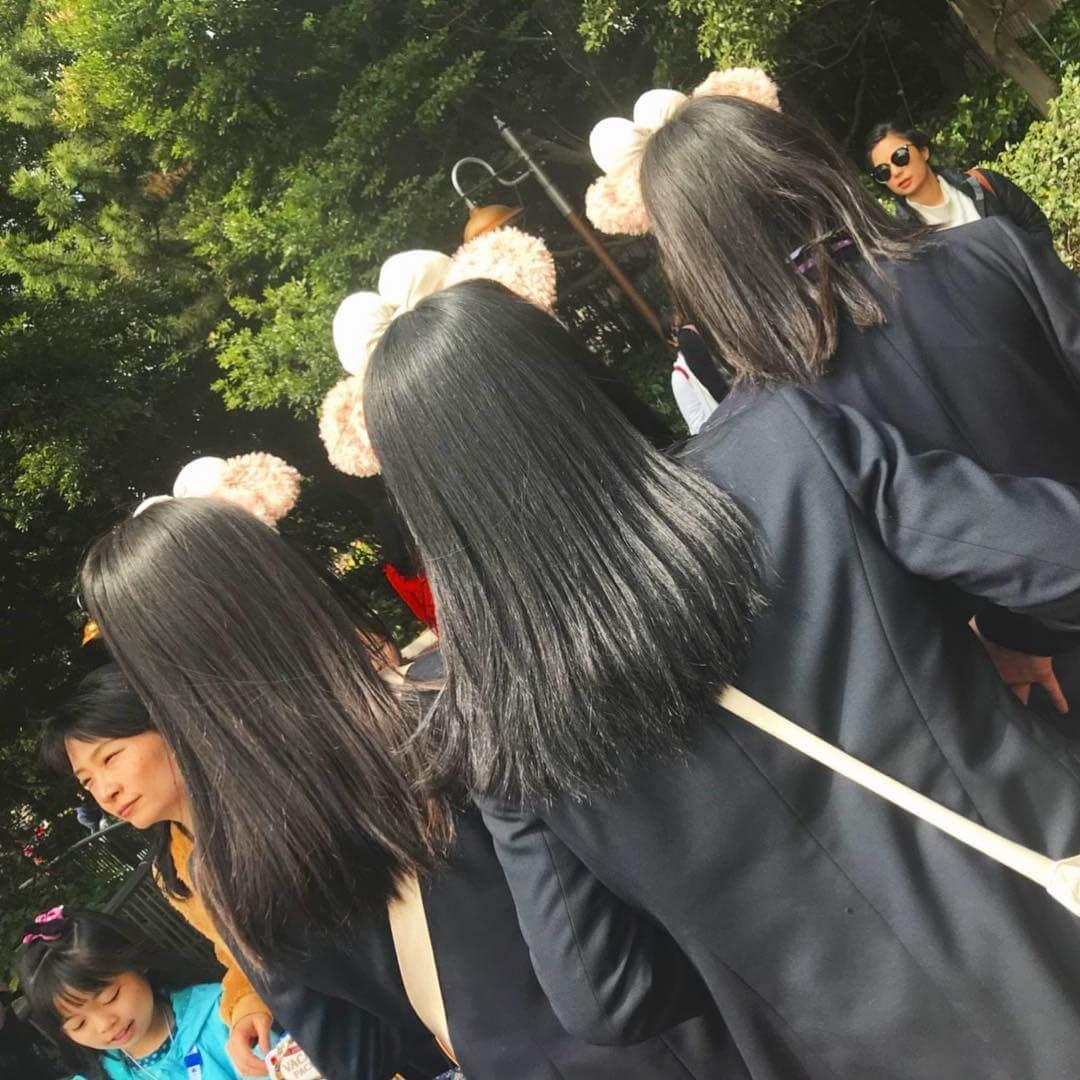 【画像】女子高生のサラサラツヤツヤな髪の毛に後ろからぶっかけたいよなwww