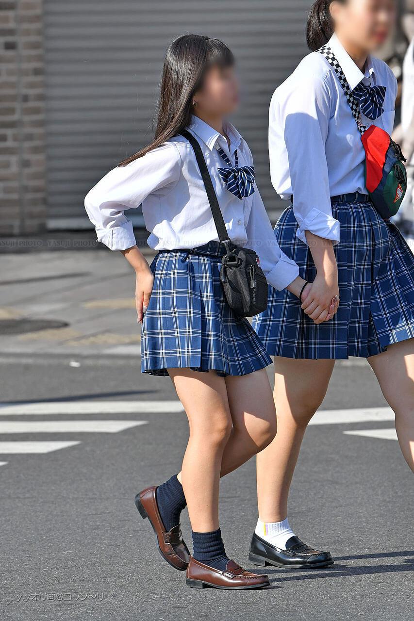 【画像】女子高生の待撮り写真