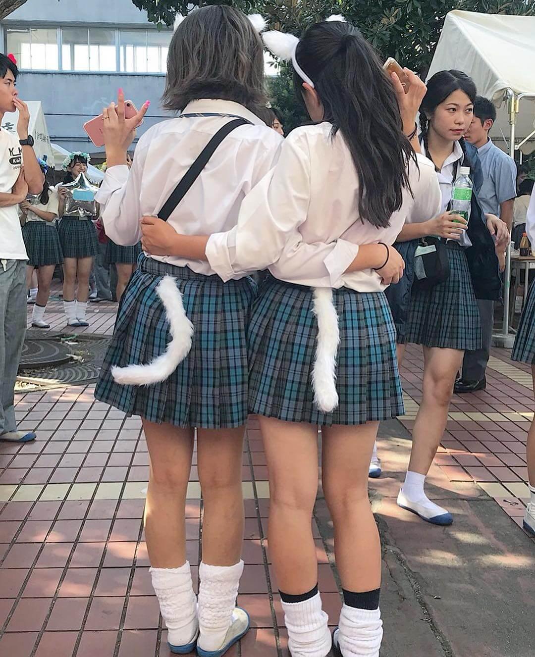 【画像】新栄JKって制服が可愛いからカワイイ子集まるんだよね?