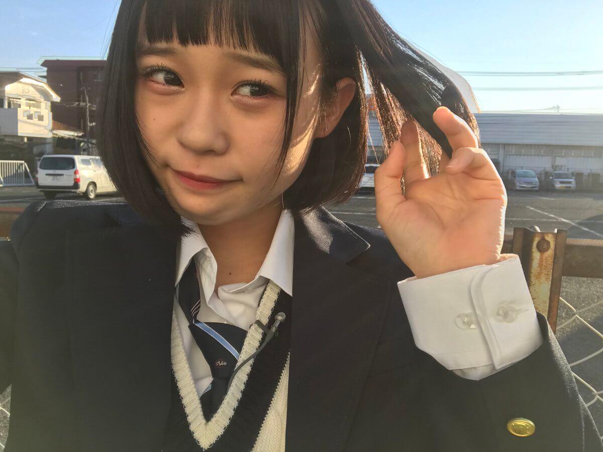 【画像】女子高生がネットに上げた自撮り写真(ぶっかけ用)