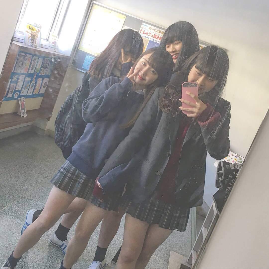 【画像】良い匂いがしてきそうな女子高生の集合写真