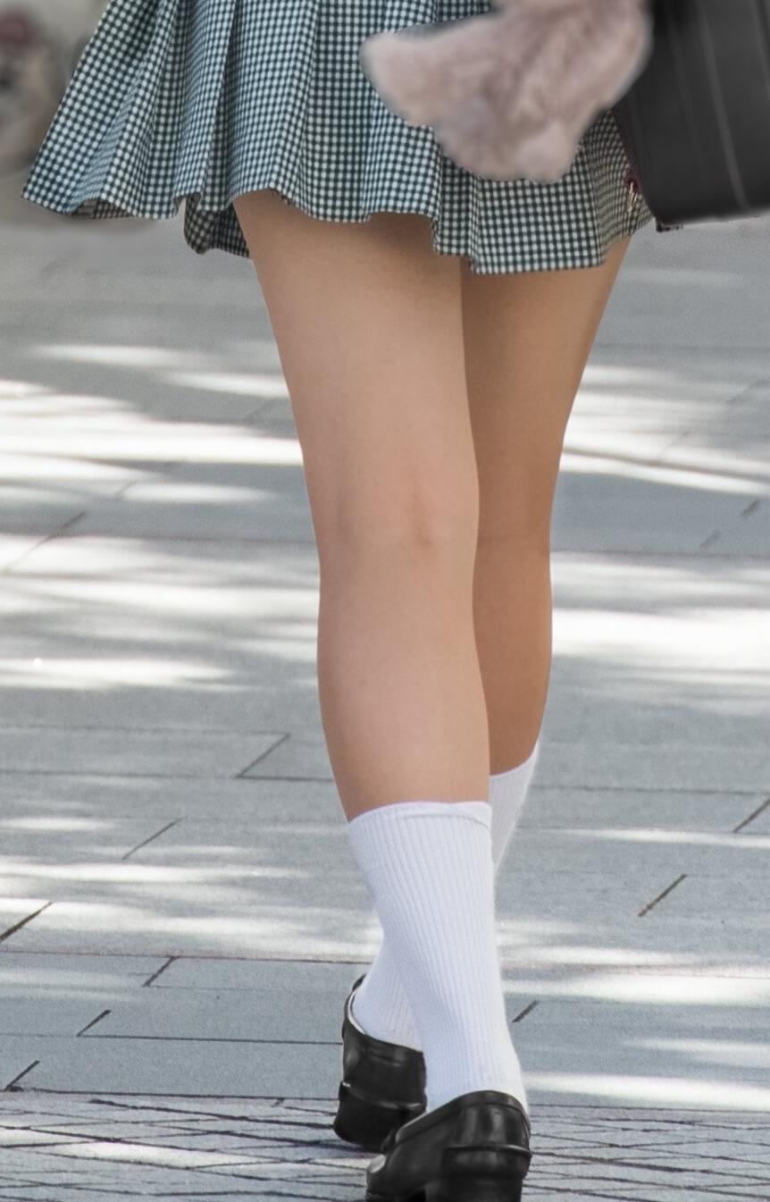 【画像】女子高生のふとももの裏の「H」に興奮するでホンマ!