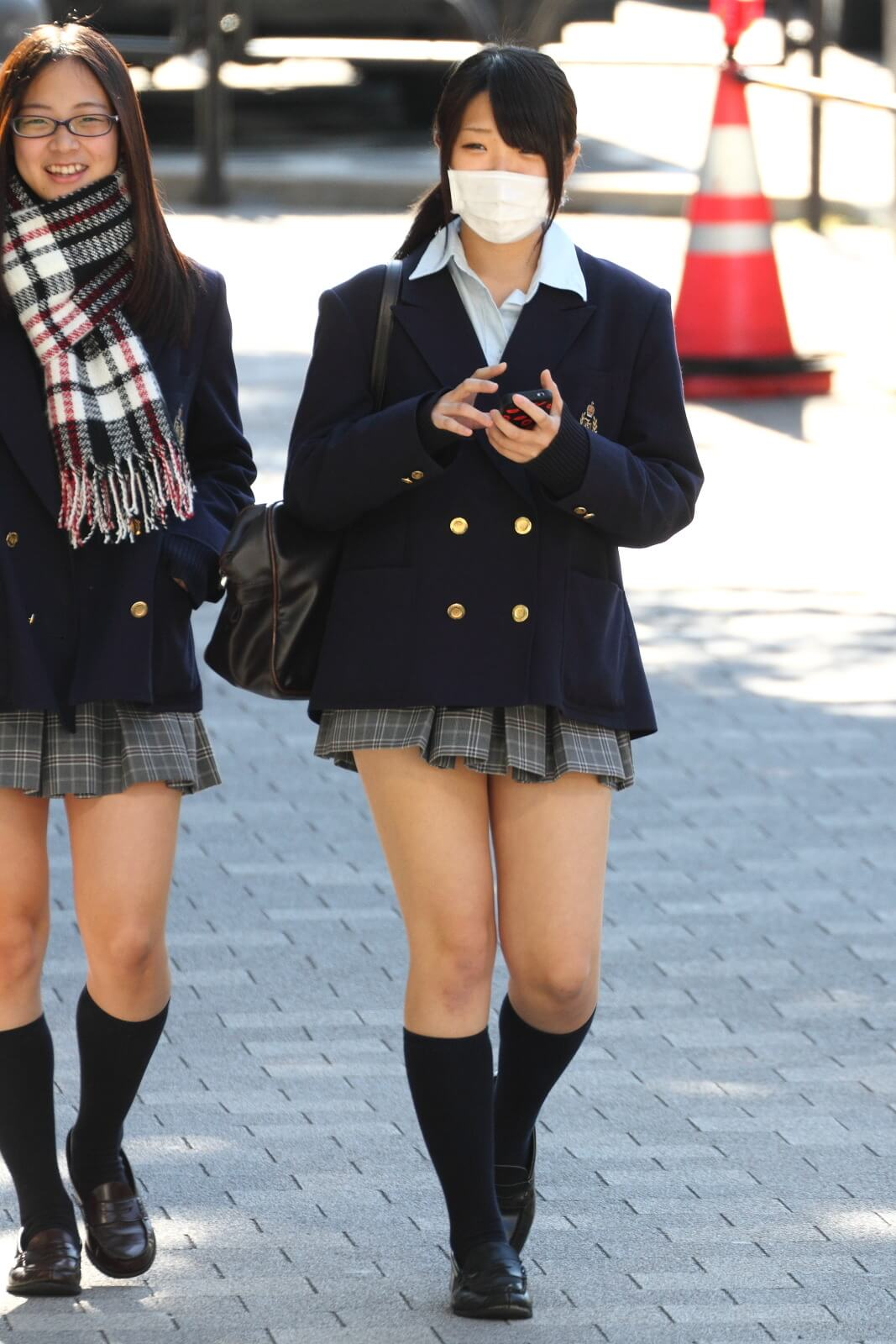 【画像】街で女子高生を見かけたらちょっと元気になるよなww