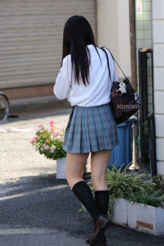 【画像】疲れてる時に見ると保養になる女子高生の街撮り写真